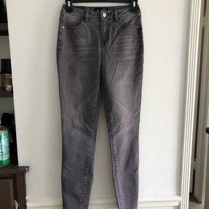 Jay Jays high rise dusty black jeans 🖤